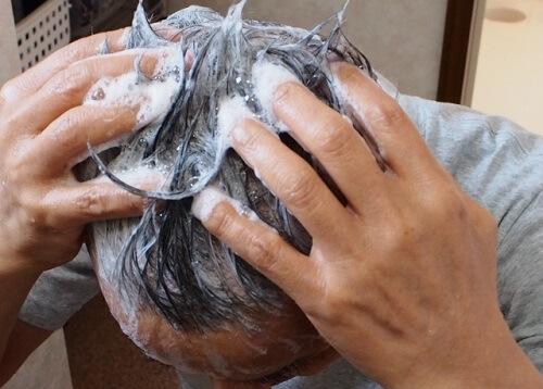 育毛シャンプーの効果とは