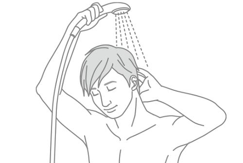 頭皮と髪をすすぐ
